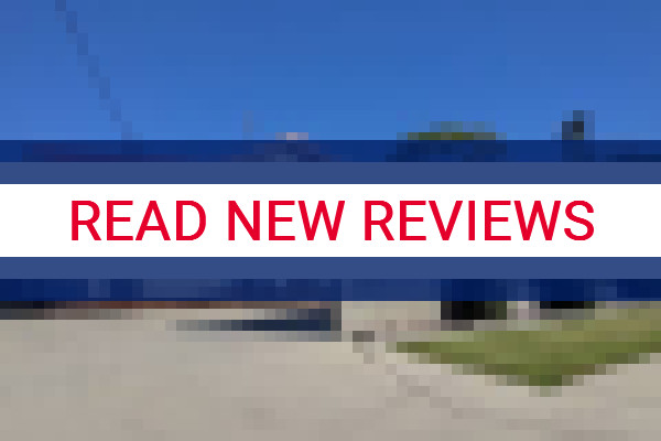 www.bluewaterservicedapartments.com.au - check out latest independent reviews